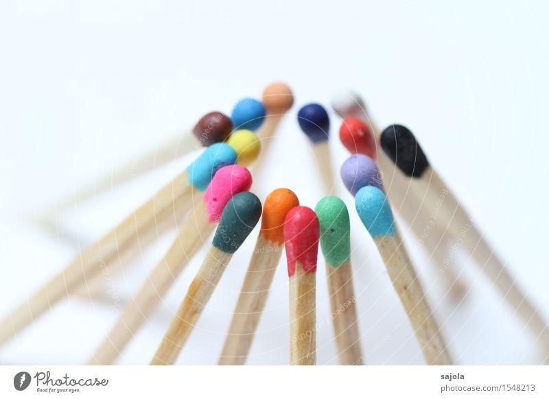 zusammen androgyn Menschengruppe Menschenmenge Holz Beratung Zusammensein mehrfarbig gleich Inspiration Team Teamwork Zusammenhalt Streichholz Kreis rund