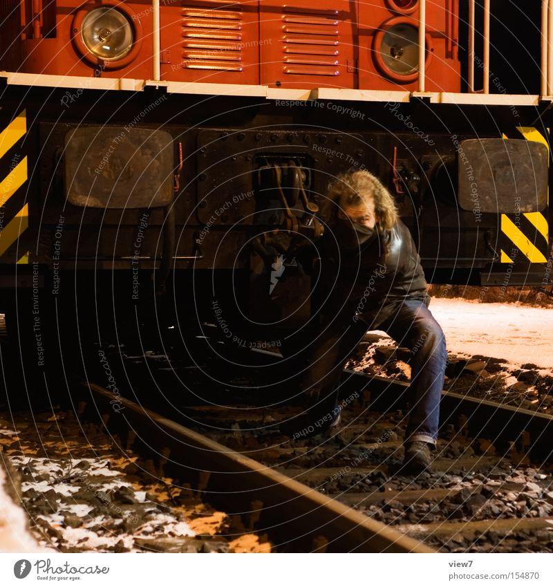400 PS Mann Schauspieler Lokomotive Eisenbahn rangieren ziehen Held Arbeit & Erwerbstätigkeit Industriefotografie Gleise Bahnhof Gerät Maschine Diesellokomotive