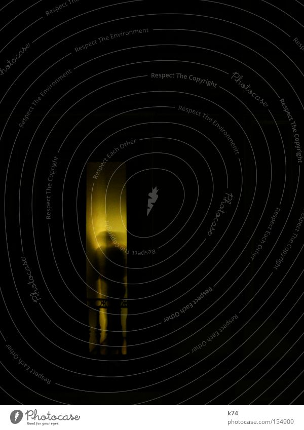 Alfred H. Mensch dunkel Bewegung Angst verrückt Balkon Panik unheimlich Seele unklar diffus Krimi Thriller virtuell