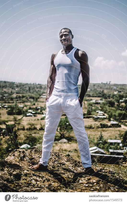 One. Mensch Natur Jugendliche Mann Junger Mann Erotik Landschaft Erwachsene Umwelt Sport Lifestyle Mode maskulin Körper ästhetisch Bekleidung