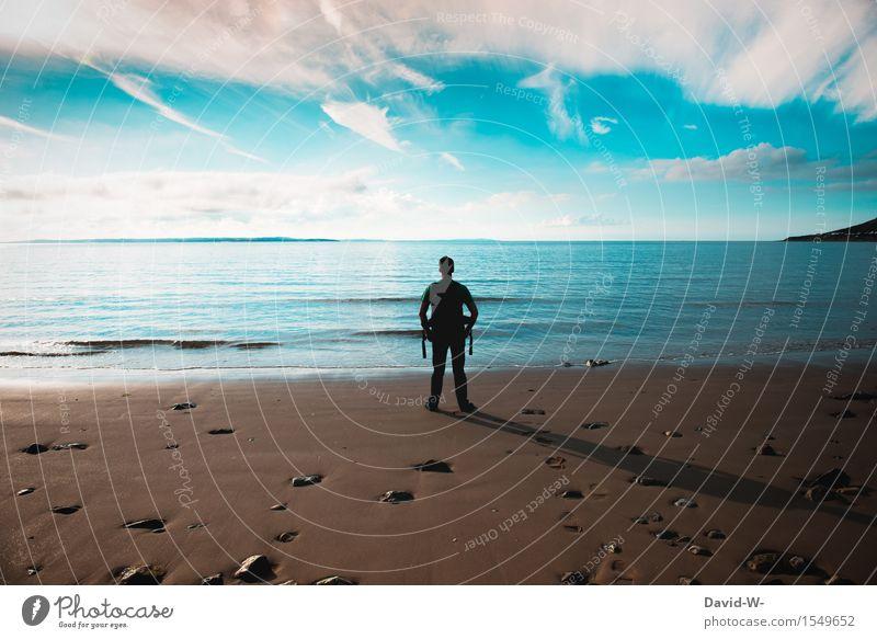 genießen Mensch Ferien & Urlaub & Reisen Jugendliche Mann Sommer Sonne Meer Junger Mann Erholung ruhig Ferne Strand Erwachsene Leben Freiheit maskulin