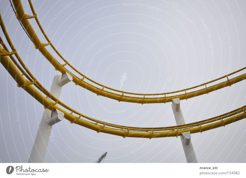 Steilkurve Achterbahn Jahrmarkt Vergnügungspark Spannung Angst Kalifornien Kurve Wagen Panik Freizeit & Hobby Los Angeles