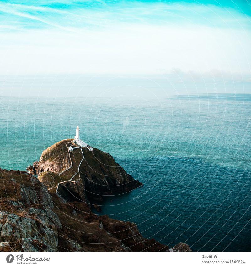 Leuchtturm zum Quadrat Himmel Natur Ferien & Urlaub & Reisen Sommer Meer Landschaft Wolken Ferne Umwelt Beleuchtung Freiheit Felsen Tourismus Häusliches Leben