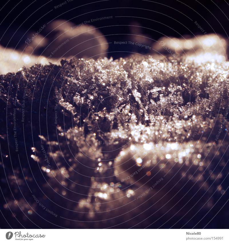 silver snow Winter kalt dunkel Schnee Eis Frost silber Eiskristall Schneeflocke Schneekristall