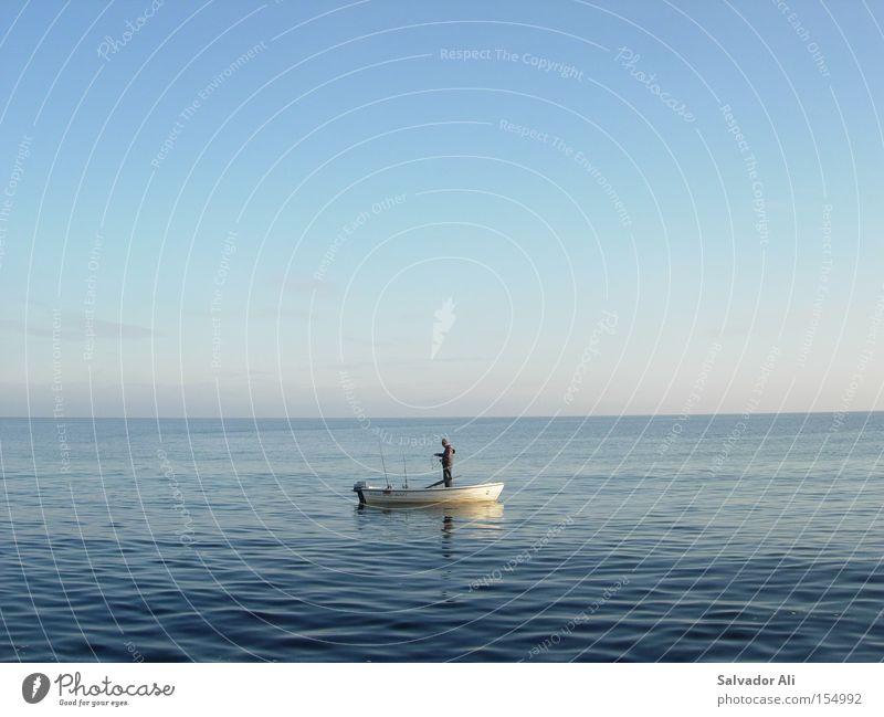 klaBLAUtermann Wasser Meer blau Ferne Horizont Fisch Fisch Freizeit & Hobby türkis Ostsee Angeln Dänemark Fischer Angelrute Skandinavien Motorboot