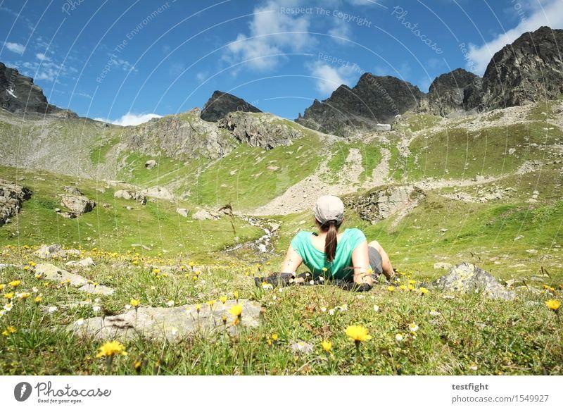 bersche Ferien & Urlaub & Reisen Ausflug Freiheit Sommer Berge u. Gebirge wandern Sport feminin Frau Erwachsene 1 Mensch Umwelt Natur Landschaft Pflanze Tier