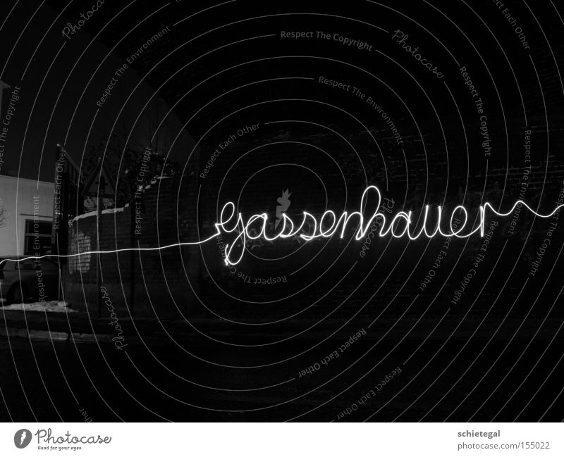 Gassenhauer Graffiti Licht Schriftzeichen Belichtung Wandmalereien Lichtschweif
