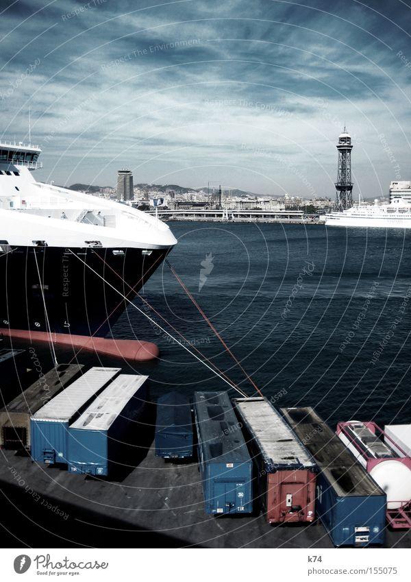 harbour Hafen Container ankern Anlegestelle Wasserfahrzeug festhalten Seil Kreuzfahrt Schiffsbug Ware Güterverkehr & Logistik Handel Meer Pirat Barcelona