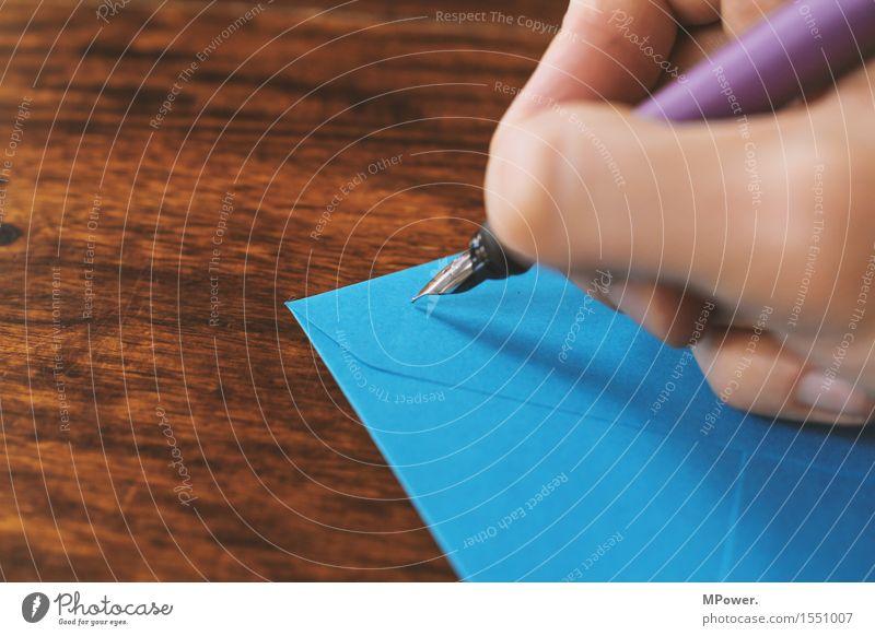 brief 2 Holz dünn Brief schreiben Hand Handschrift Absender Post Postkarte Tisch Liebesbrief blau Füllfederhalter Schreibstift Kommunizieren E-Mail