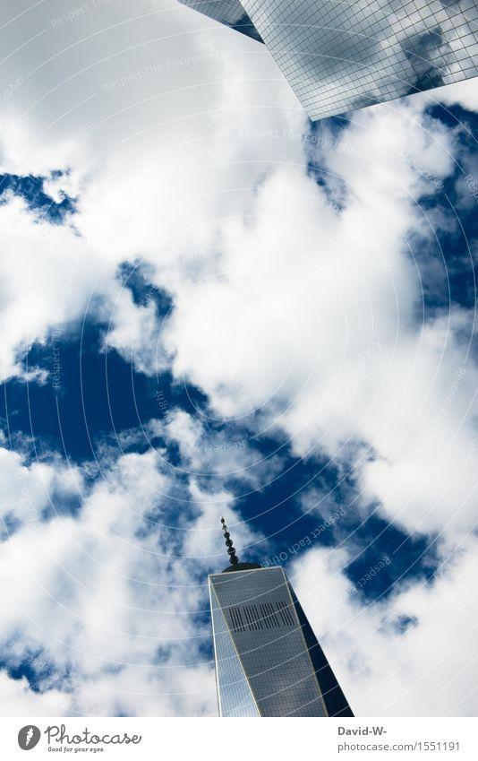 Wolkenkratzer Umwelt Luft Himmel Sommer Klima Klimawandel Schönes Wetter Stadt Hauptstadt Stadtzentrum Skyline überbevölkert Hochhaus Turm Gebäude Architektur