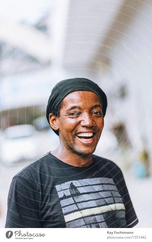 ° Mensch Ferien & Urlaub & Reisen Mann Freude Erwachsene Leben Gesundheit Lifestyle lachen Glück maskulin Zufriedenheit leuchten Fröhlichkeit Lebensfreude