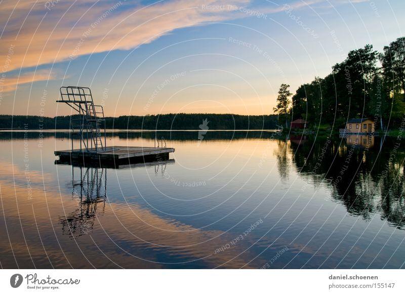 nach der Sauna See Schweden Reflexion & Spiegelung Wasser Himmel Wolken Farbe Licht Sonnenuntergang Ferien & Urlaub & Reisen Schwimmbad Im Wasser treiben