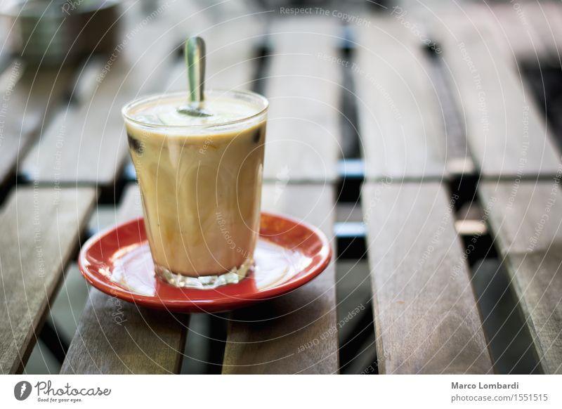 Iced Coffee on wooden table Milcherzeugnisse Frühstück Büffet Brunch Italienische Küche Getränk Erfrischungsgetränk Kaffee Teller Löffel Lifestyle Freude