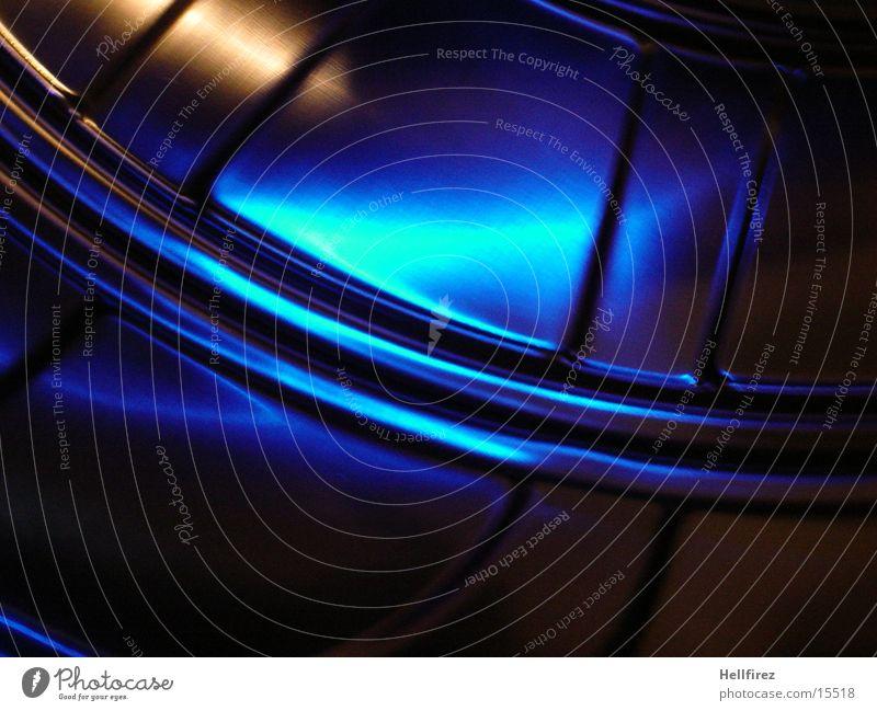 Blau macht Glücklich [3] Stahl Aluminium Silhouette Fototechnik Profil Lochblenden blaues Licht