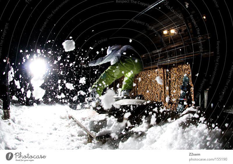 backside boardslide SPLASH | sour cream and onion Boardslide Stil Nacht Licht Wintersport Holz Freestyle springen Aktion Schneeflocke Mensch Bank jibben splash