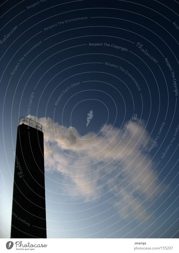 Konsument Farbfoto Außenaufnahme Textfreiraum oben Silhouette Industrie Energiewirtschaft Umwelt Luft Wind Bauwerk Architektur außergewöhnlich dreckig Erfolg