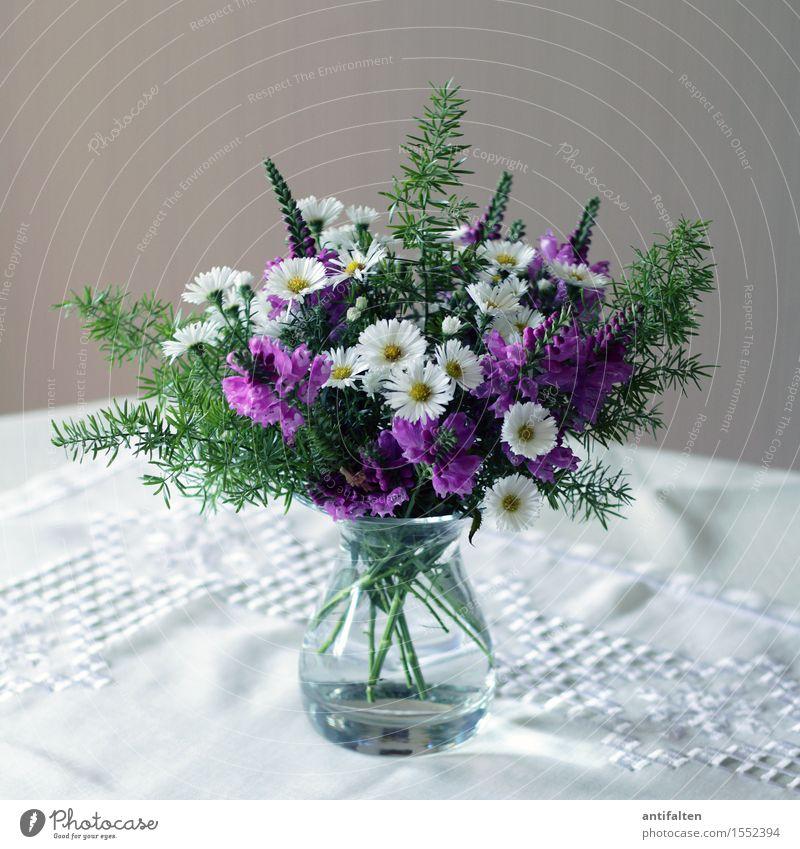 En schön Strüßje Frühling Blume Blatt Blüte Margerite Fliederbusch Blumenstrauß Einfamilienhaus Mauer Wand Dekoration & Verzierung Tischwäsche Stickereien Vase