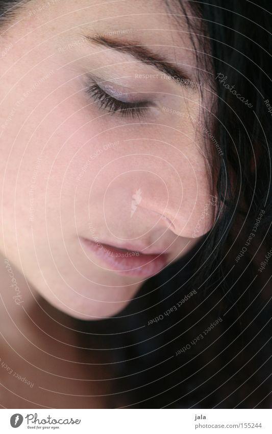 sensual Frau Gesicht Auge feminin Gefühle Mund Hoffnung Momentaufnahme sanft Zärtlichkeiten