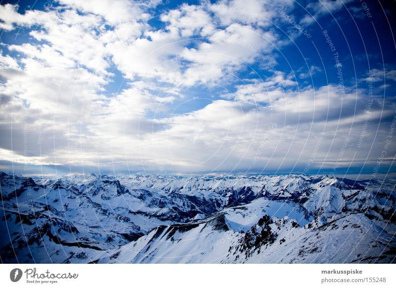 2973m ü. M. Blick vom Schilthorn Richtung Südwesten Wolken Winter Ferne kalt Schnee Berge u. Gebirge Schweiz Gipfel Aussicht Schneebedeckte Gipfel alpin Wolkenhimmel Berner Oberland