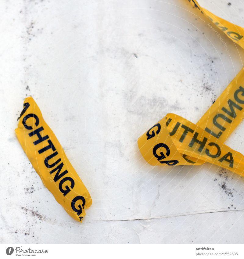 ACHTUNG G Handwerker Baustelle Mauer Wand Fassade Verpackung Paket Kunststoffverpackung Schleife Schriftzeichen Schilder & Markierungen Hinweisschild Warnschild