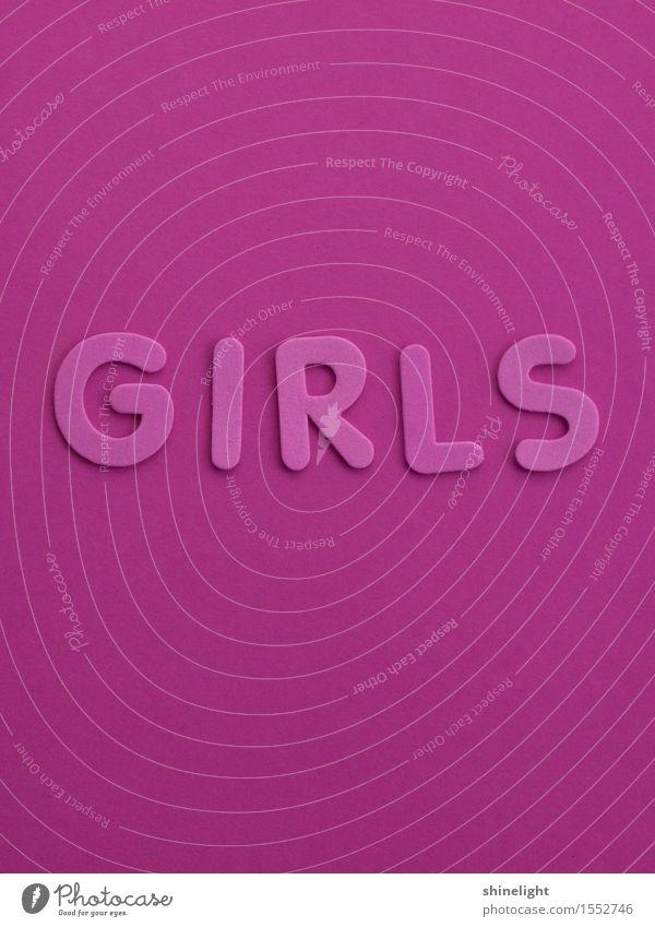 girls Mädchen Junge Frau Jugendliche Schriftzeichen rosa Freundschaft Farbfoto Textfreiraum oben Textfreiraum unten