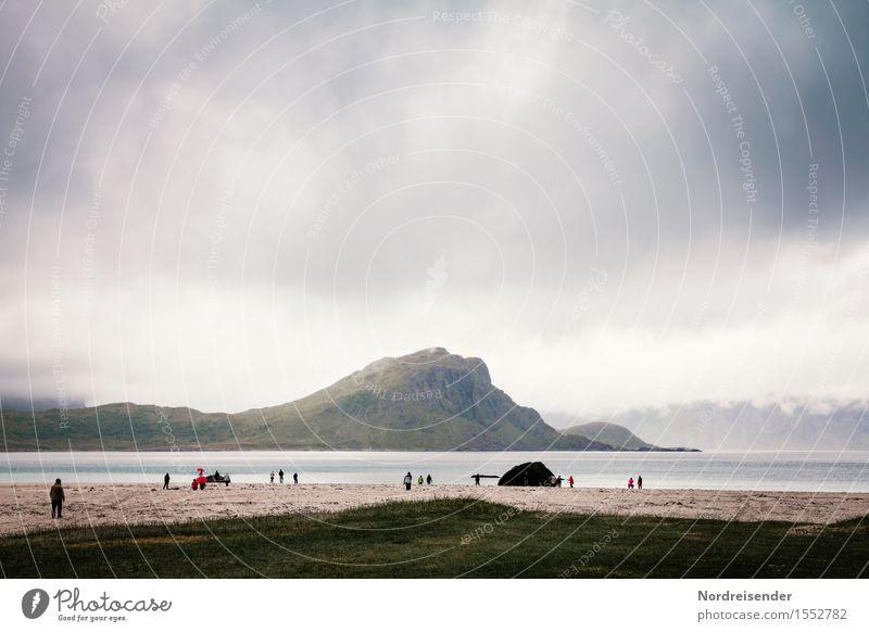 Touristen Ferien & Urlaub & Reisen Tourismus Ausflug Ferne Meer Mensch Menschengruppe Landschaft Urelemente Luft Wasser Himmel Wolken Gewitterwolken Klima