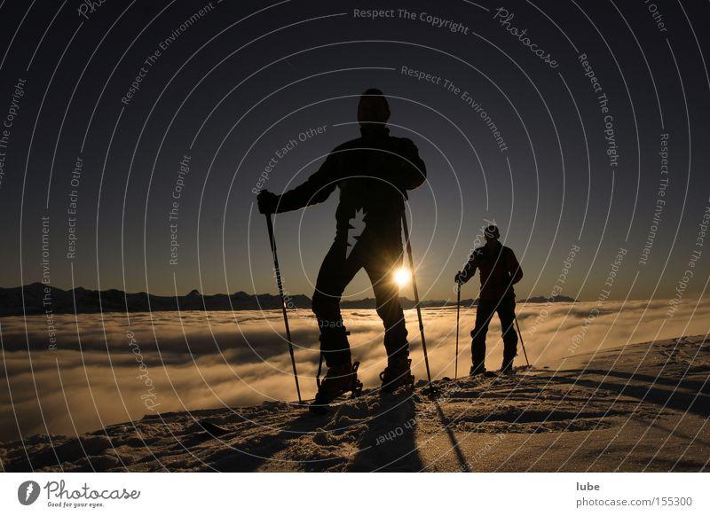Schlechte Übersicht Winter Wolken Schnee Berge u. Gebirge wandern Gipfel Schönes Wetter Bergsteigen Wintersport Skitour Wolkendecke Wolkenfeld Bregenzerwald Wolkenband Bundesland Vorarlberg Wolkenberg