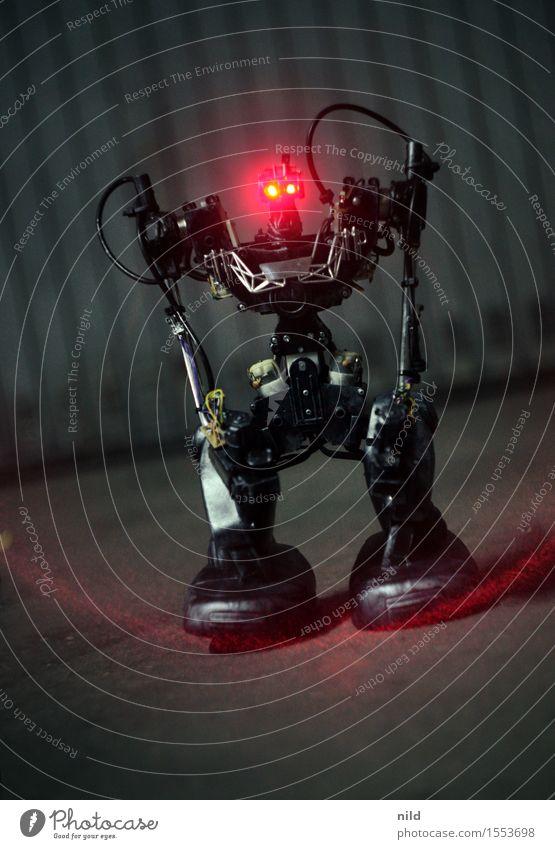 EXTERMINATE Freizeit & Hobby Technik & Technologie Fortschritt Zukunft Roboter 1 Mensch Kunst Aggression eckig rot schwarz Macht Angst Wut Feindseligkeit