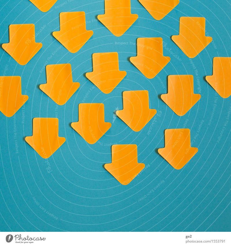Negativtrend Zeichen Schilder & Markierungen Hinweisschild Warnschild Pfeil viele blau gelb orange türkis Zukunftsangst Konkurrenz Misserfolg Abwärtsentwicklung