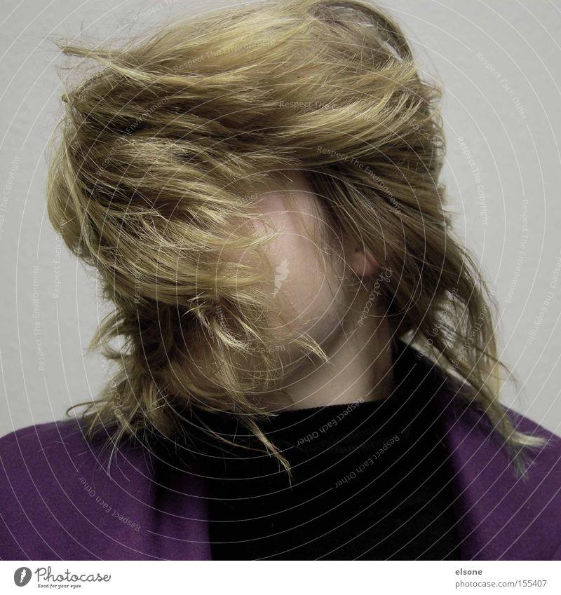 HAIRBERT Frau Haare & Frisuren blond Behaarung außergewöhnlich Bart Friseur Friseursalon verschönern Haarpflege Haare schneiden