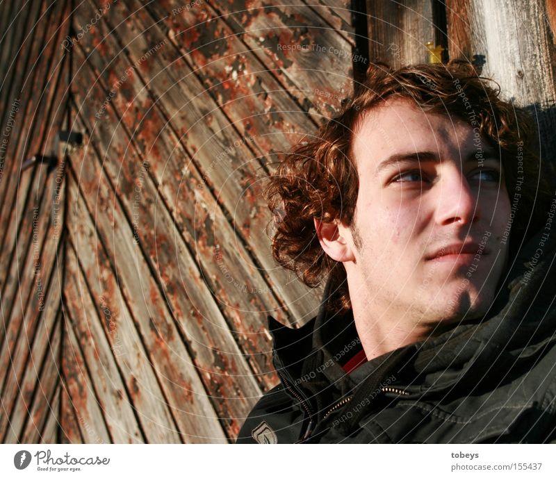 David Mann Jugendliche Einsamkeit Gesicht Erwachsene Denken Suche Sehnsucht Hütte skeptisch