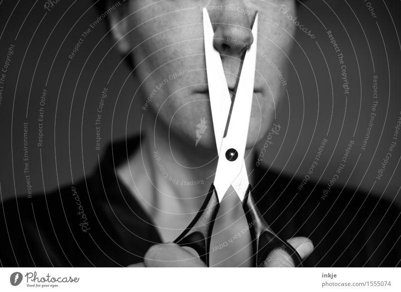 grausam   Schönheits-OP Frau Erwachsene Leben Gesicht 1 Mensch Schere atmen außergewöhnlich bedrohlich skurril abschneiden seltsam Plastische Chirurgie gruselig
