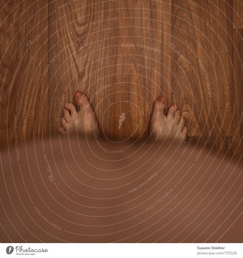 irgendwas fehlt.... nackt Holz Haare & Frisuren Fuß Haut rund Übergewicht dick Bauch Barfuß Zehen standhaft