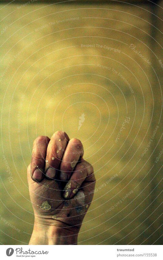 ~M~ Mann Hand Farbe Wand Farbstoff dreckig Finger Konzentration Tiefenschärfe Daumen Fingernagel gestikulieren Faust Gelenk Zeigefinger Mittelfinger