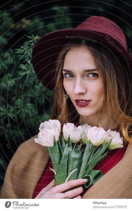 Mensch Frau Himmel Natur schön Sommer Blume Erotik Mädchen Gesicht Erwachsene natürlich Glück Mode frisch elegant