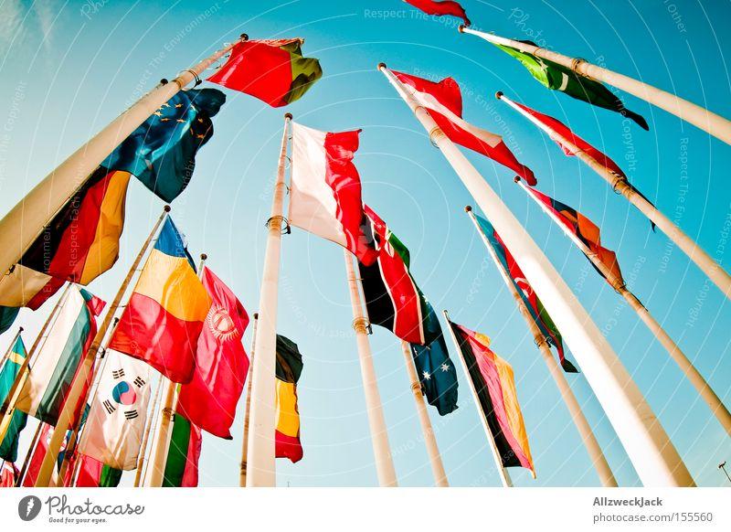 Gipfeltreffen Fahne Standarte international Amerika Länder Australien + Ozeanien multikulturell Zusammensein allgemein Frieden Ausstellung Messe Detailaufnahme