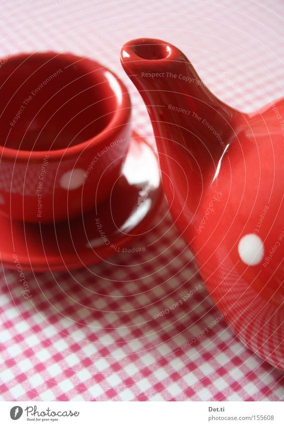 dots pot weiß rot Stil Spielen retro Dinge Punkt Gastronomie Spielzeug Café Geschirr Tasse kariert Tischwäsche Porzellan Kinderspiel