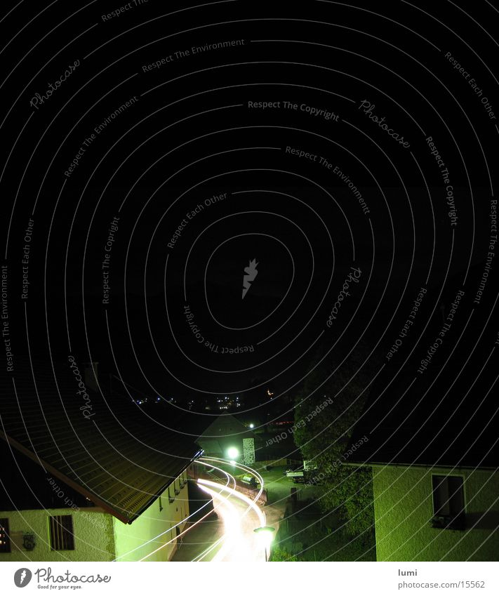 fazzzz. Langzeitbelichtung Nacht Dorf Lastwagen Straße Coolness