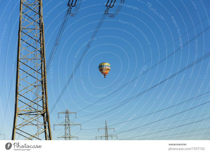 immer schön oben bleiben nr.1 blau Sommer Ferne fliegen Horizont Energiewirtschaft Angst frei bedrohlich Abenteuer Todesangst Risiko entdecken Überraschung