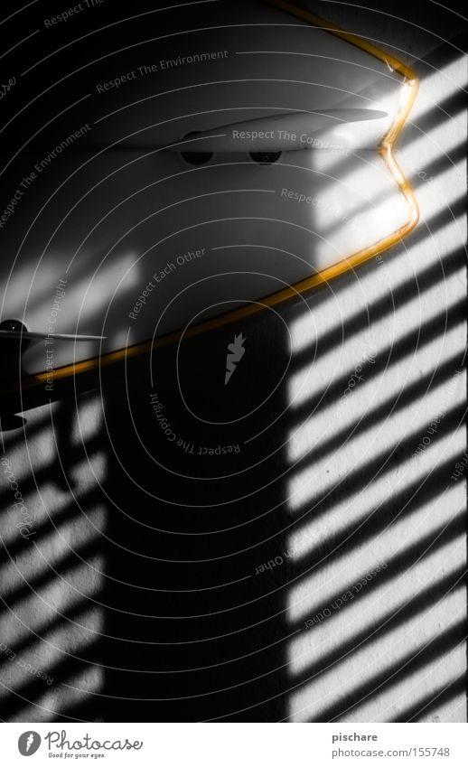 Fernweh! Spielen Linie Beleuchtung Surfbrett Jalousie Schatten Finnen