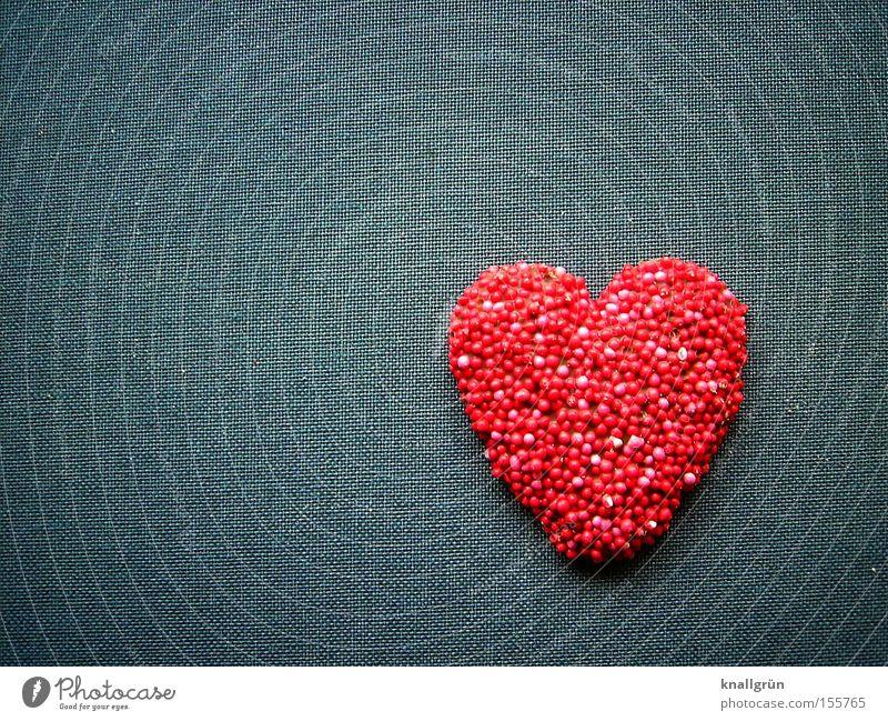 14. Februar Valentinstag Herz Liebe schenken Geschenk Freude rot grau süß herzlich Liebesbekundung Süßwaren Heart Detailaufnahme