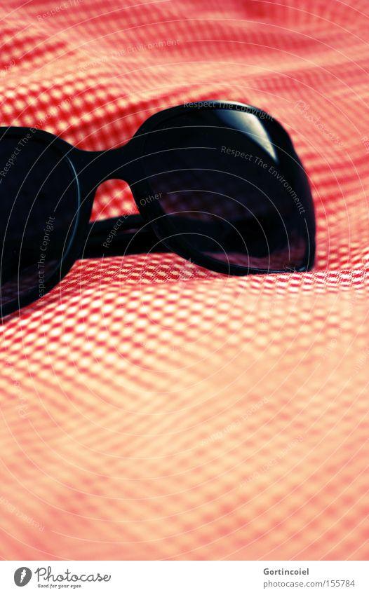 Sonne Lifestyle elegant Stil Ferien & Urlaub & Reisen Ausflug Sommer Sommerurlaub Sonnenbad Strandbar Rockabilly Schönes Wetter Brille Sonnenbrille trendy retro
