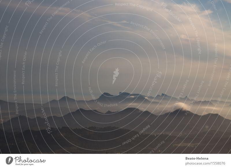 Ist doch (fast) klar Erholung ruhig Ferien & Urlaub & Reisen Natur Landschaft Himmel Wolken Sommer Wetter Nebel Berge u. Gebirge Gipfel Dorf entdecken genießen