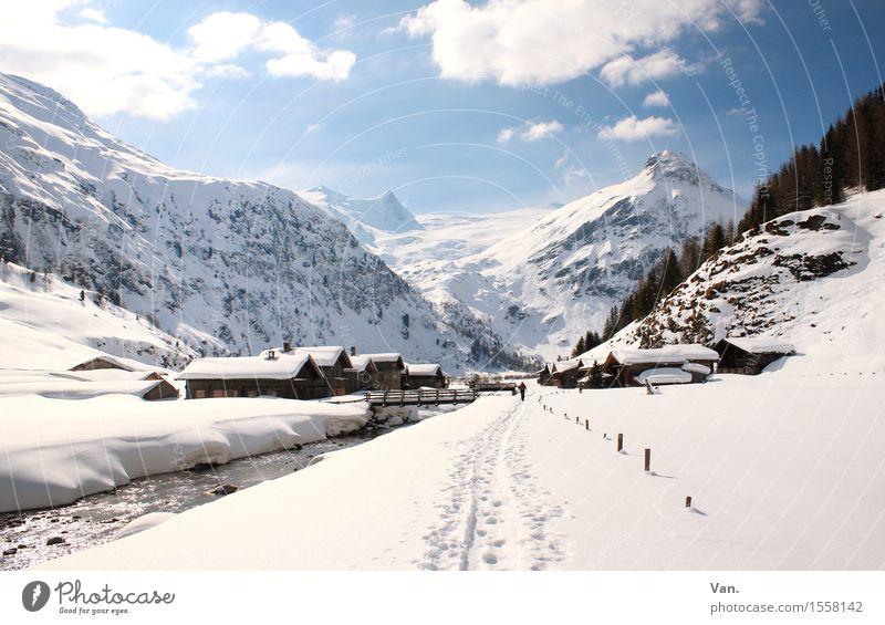 noch ein Winterbild Landschaft Himmel Wolken Schönes Wetter Schnee Felsen Alpen Berge u. Gebirge Gipfel Schneebedeckte Gipfel Fluss Haus Hütte wandern hell blau