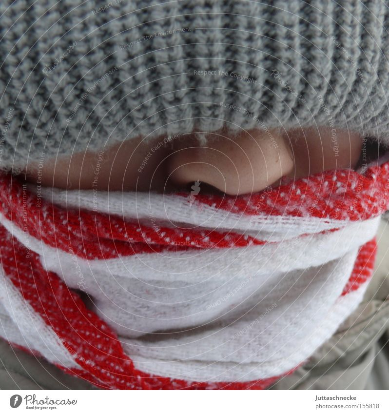-12° Kind Jugendliche Winter kalt Junge Nase Mütze Schal Nasenspitze