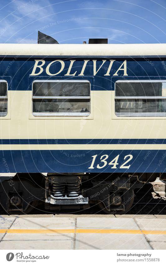1342 blau Verkehr Eisenbahn Personenverkehr Bahnhof Südamerika Bahnfahren Schienenverkehr Bolivien Personenzug Schienennetz Speisewaggon