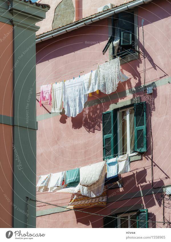 484857fe65c96e große Wäsche Stadt gelb - ein lizenzfreies Stock Foto von Photocase
