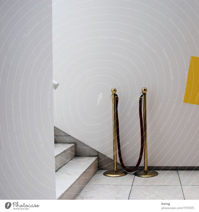 roter Wandteppich Kunst Treppe Kultur Teppich Reichtum Veranstaltung Bühne Eingang Messe Kontrolle Barriere Ausstellung Durchgang Türsteher Backstage Jetset