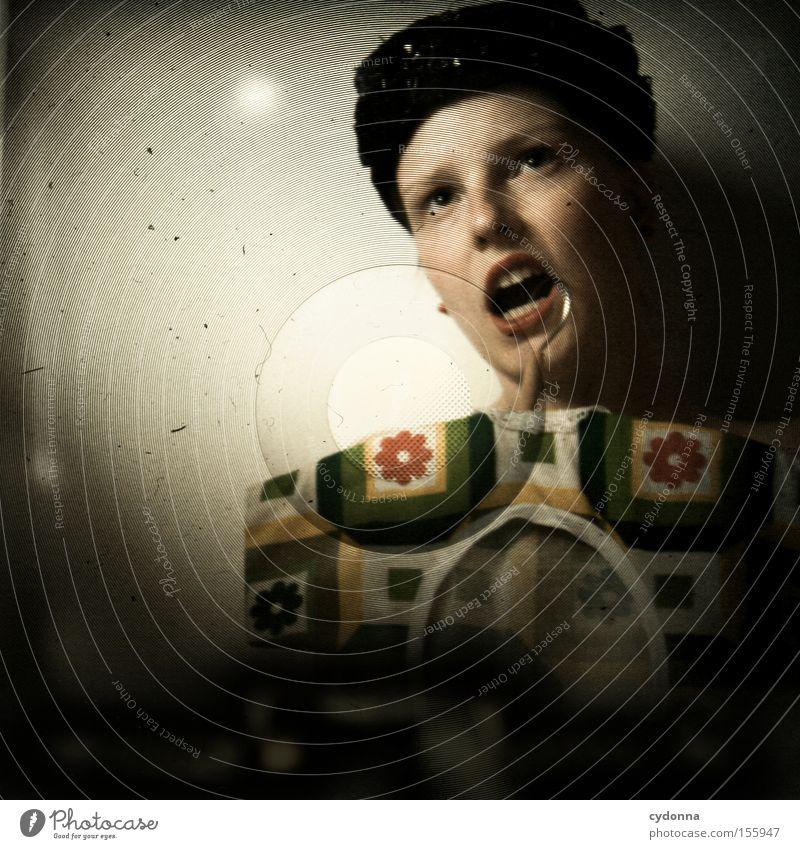 TRAGBAR Frau Mensch schön Bekleidung ästhetisch retro DDR Sportveranstaltung Versuch Haushalt Konkurrenz Zweck Zweifel Mittelformat Lichtschacht