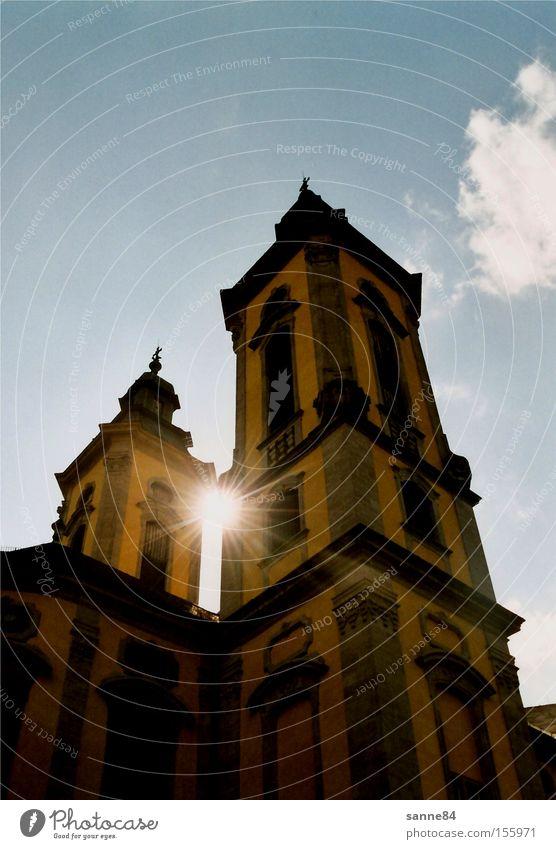 Barocksonne Himmel Sonne blau Wolken gelb hell Architektur Kirche blenden Spalte Barock Gotteshäuser Kirchturm